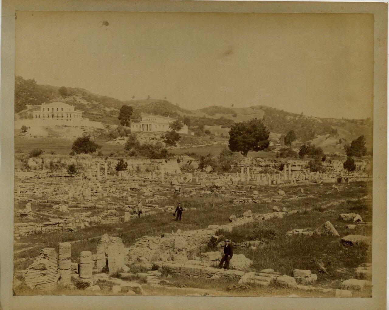 1875. Развалины