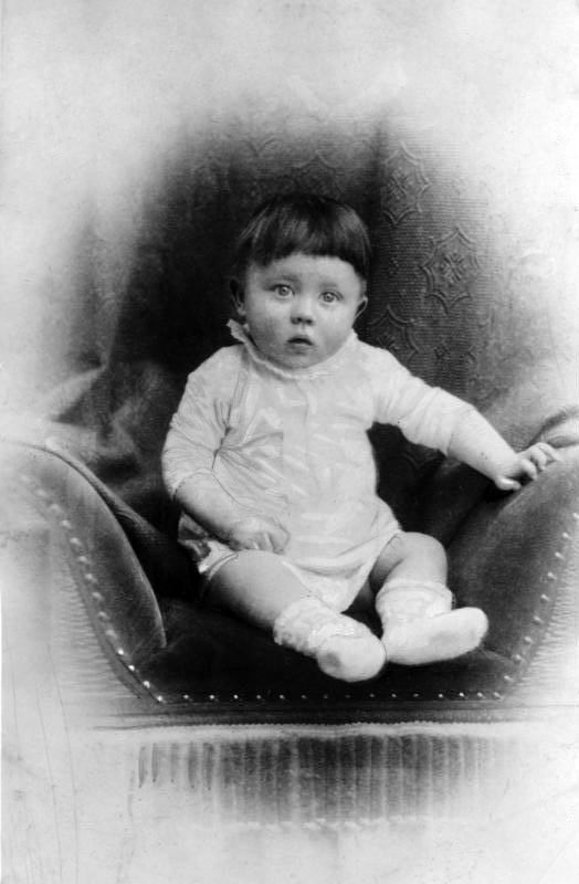 adolf hitler the child It seems more likely than ever now that adolf hitler had a childthe results of new testing support the story of a french man who said he was the illegitimate and.