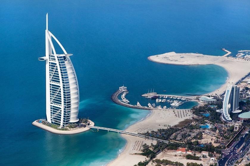 10 самых поразительных сооружений ОАЭ 0 1422fa 5156b0e2 orig