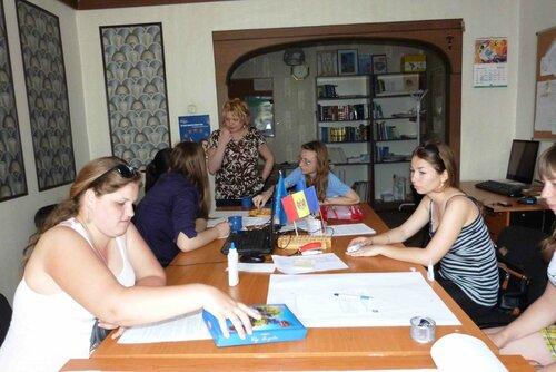 Заседание дискуссионного евроклуба в Комрате. Май 2013 год