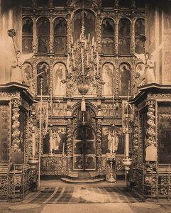 Вид иконостаса церкви Иоанна Предтечи в Толчкове. Ярославль г.