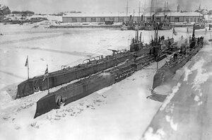Подводные лодки Волк и Барс