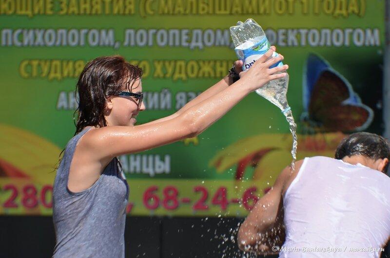 Водная битва, Саратов, каскад фонтанов, 30 августа 204 года