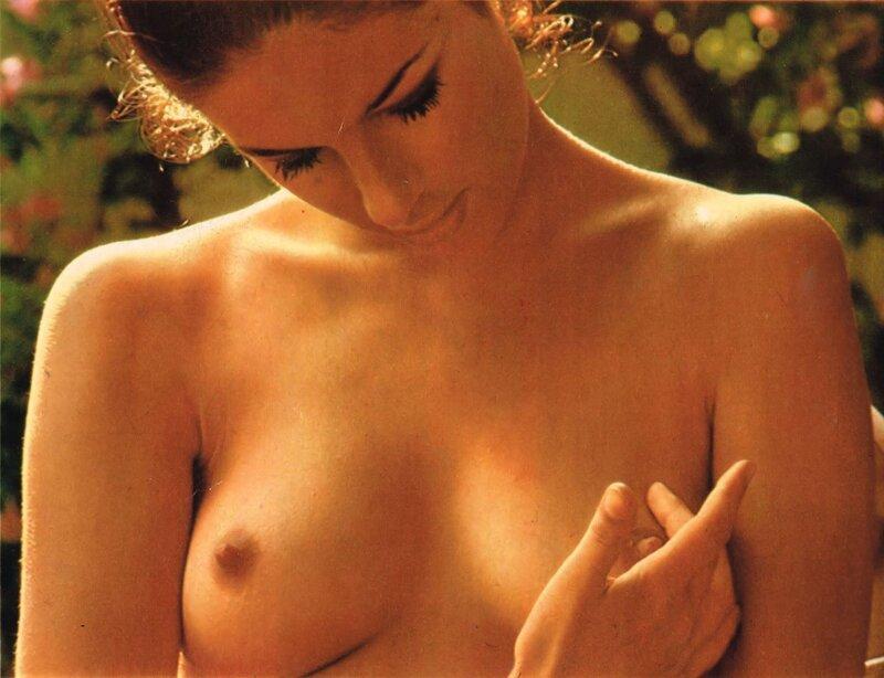 antoniya-santilli-eroticheskie-foto