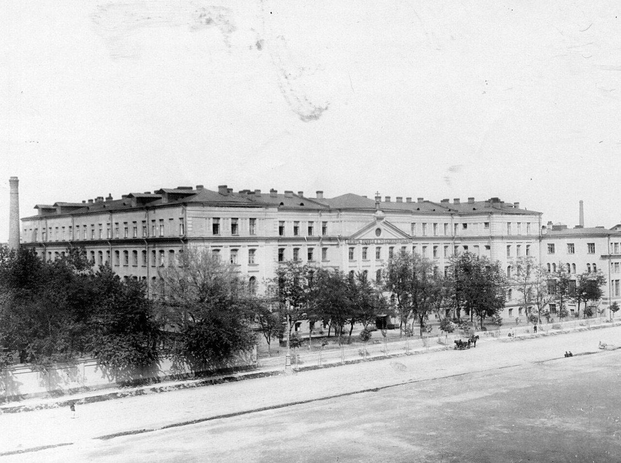 02. Здание приюта принца П.Г.Ольденбургского