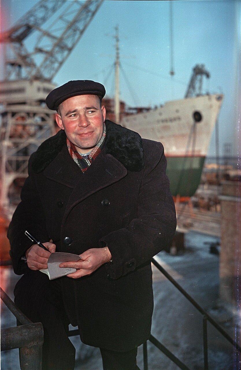 Херсон. На строительстве нового корабля. 1956