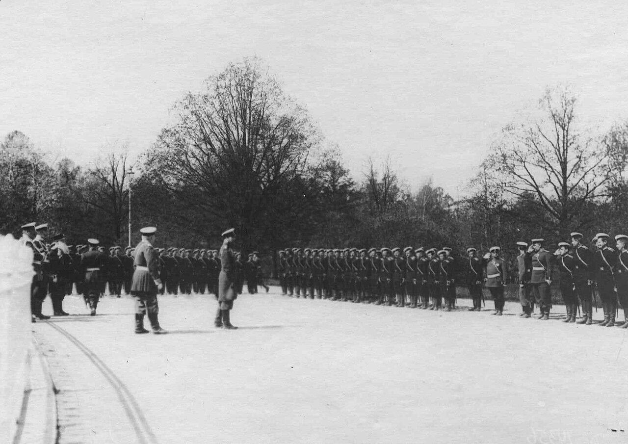 16. Прибытие императора Николая II к месту расположения войск, отправляющихся на Дальний Восток. Харьков