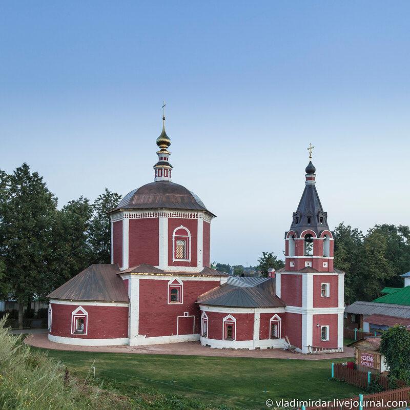 Успенская церковь на Княжьем Дворе в Суздале