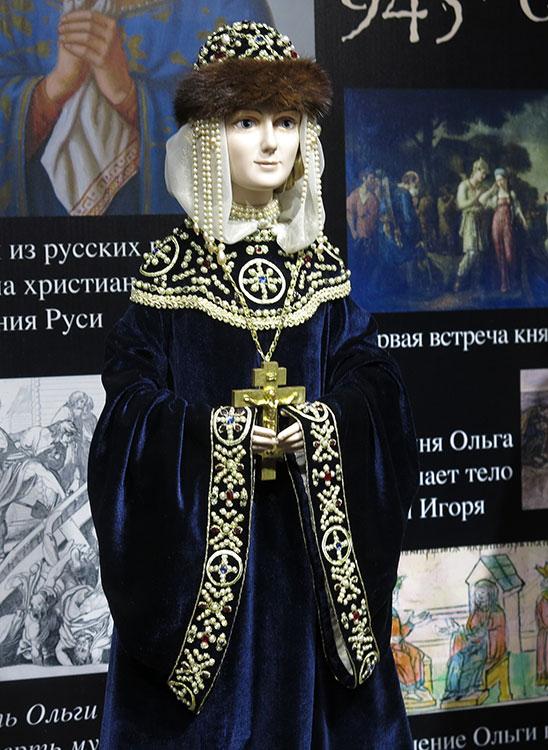 http://img-fotki.yandex.ru/get/6818/10652682.2e/0_8a240_fee9f850_orig.jpg