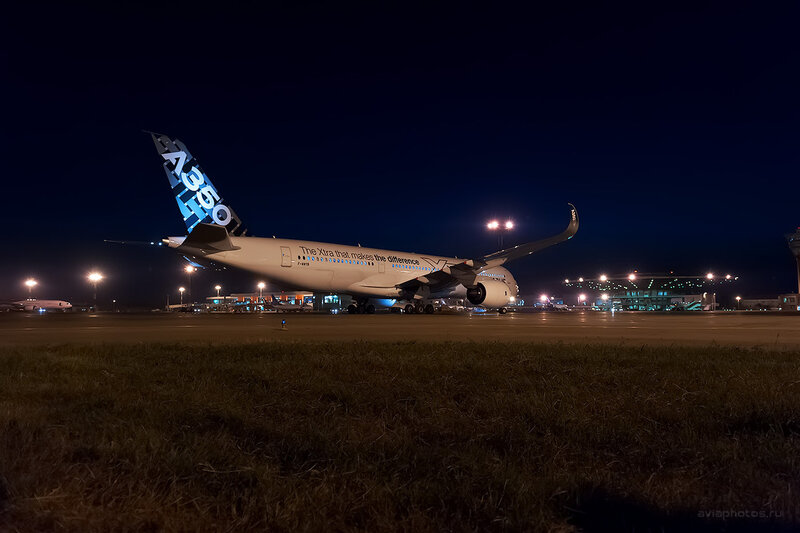 Airbus A350-941 (F-WWYB) Airbus D700154