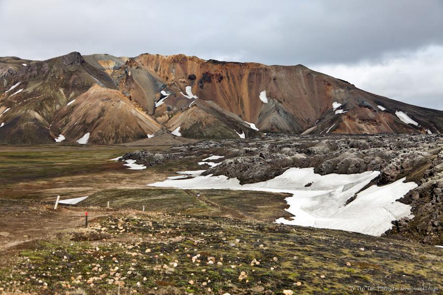 10. Цветные горы Ландманналойгар.