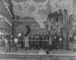 """Сцена из спектакля """"Лавина"""" по пьесе Н.А. Жуковского."""