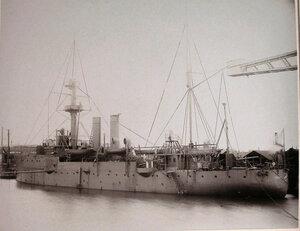 Общий вид канонерской лодкиКореец после завершения постройки.