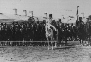 Командир конвоя, генерал-майор , граф Александр  Николаевич Граббе во время парада.
