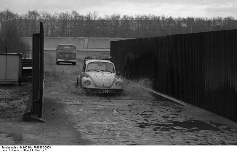 Wolfsburg, VW Autowerk, Teststrecke, Kдfer