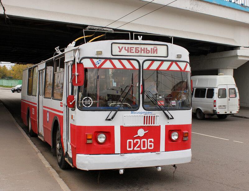 Цчебный троллейбус