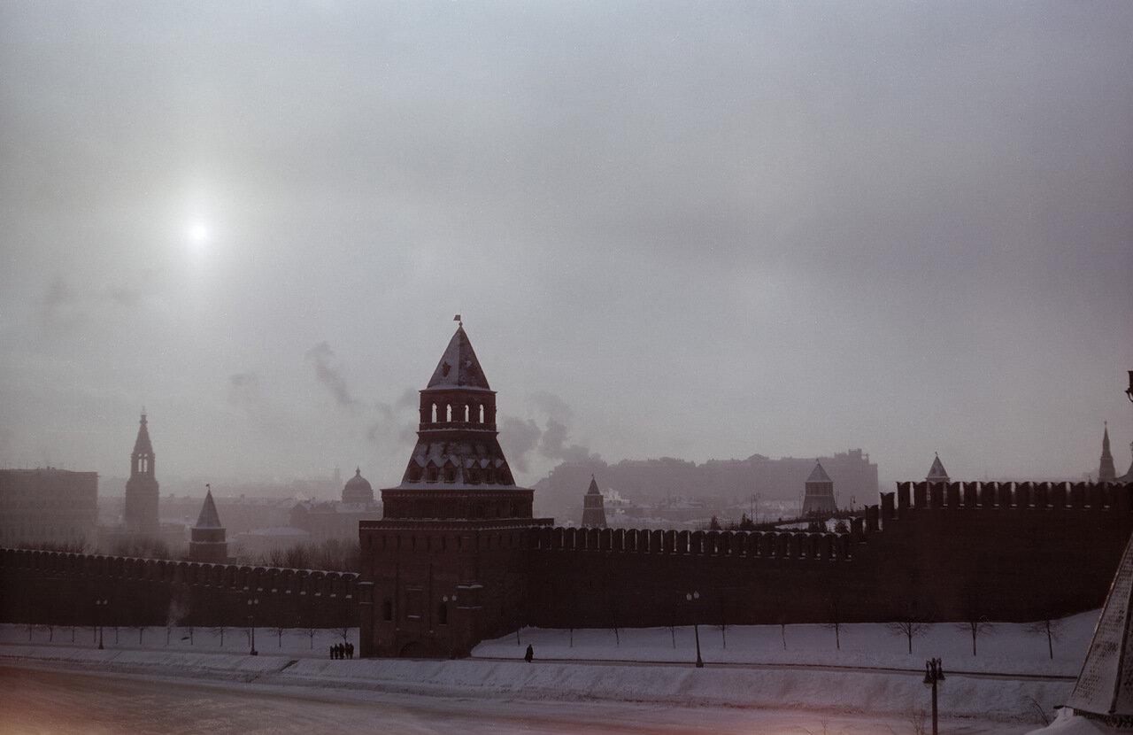 Зимним днем