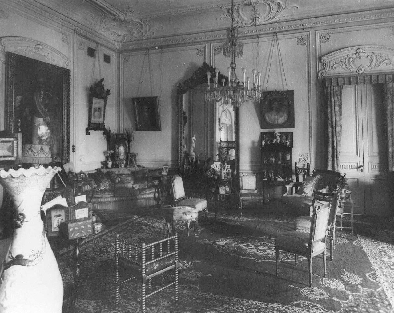 27. Зал в Болгарском посольстве. 1913