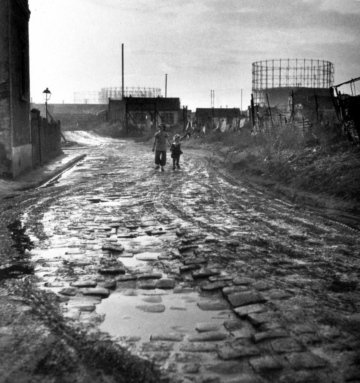 1945. Возле Ла-Курнёв