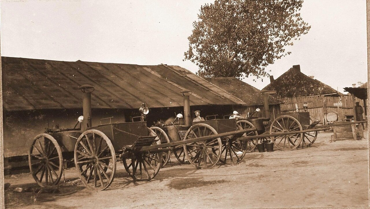 28. Походные кухни нестроевой роты штаба X армии. Ковель, 1915