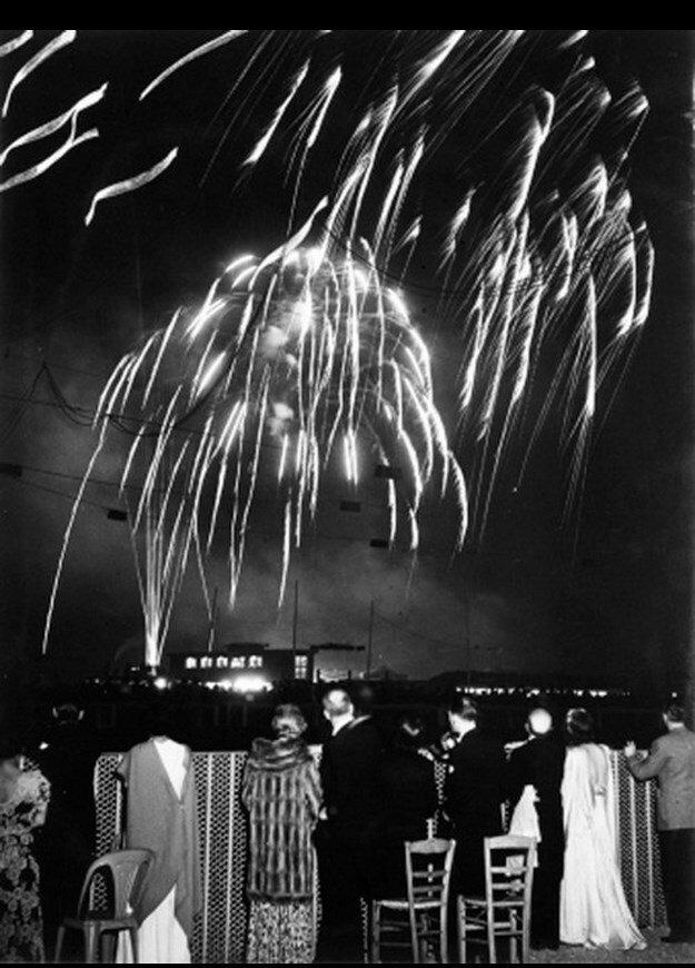 1930-е. Праздничный салют