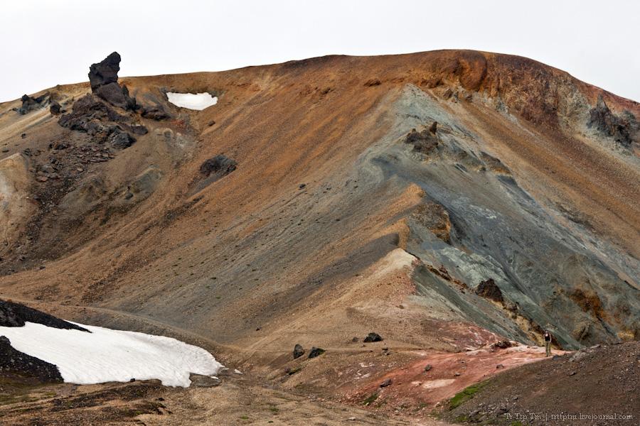 13. Цветные горы Ландманналойгар.