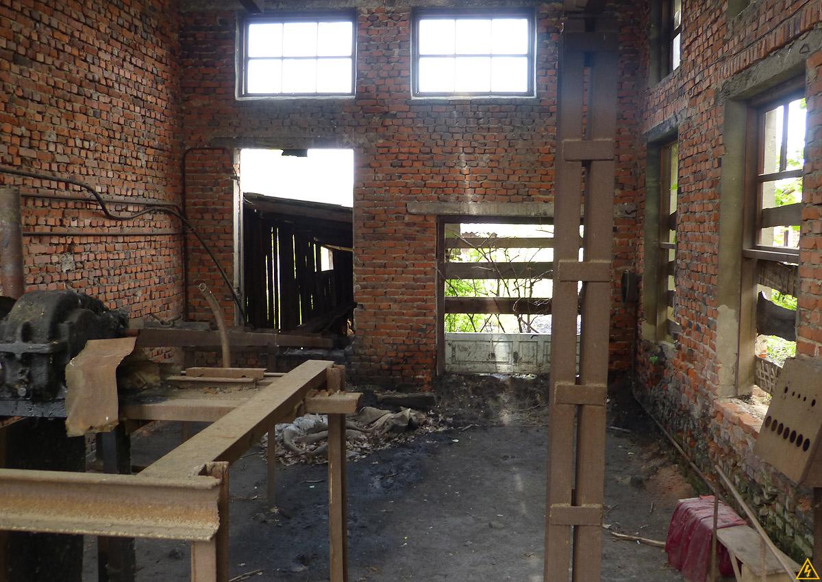 Сельский кирпичный завод на Киевщине