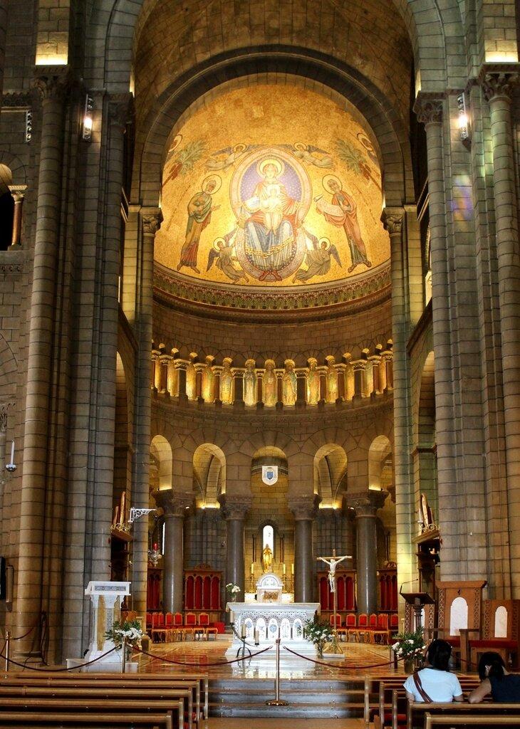 Интерьер Кафедрального собора Святого Николая
