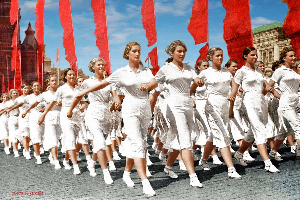 moscow__soviet_athletes__1937__photo__i__shagin__by_klimbims-d7bu7nt.jpg