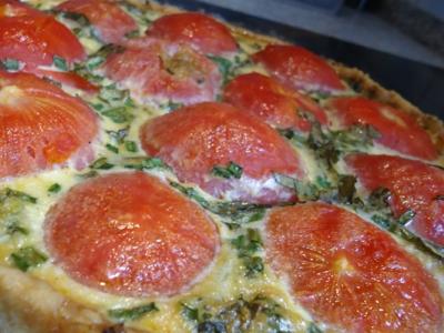 Вкусный пирог с фаршем и помидорами