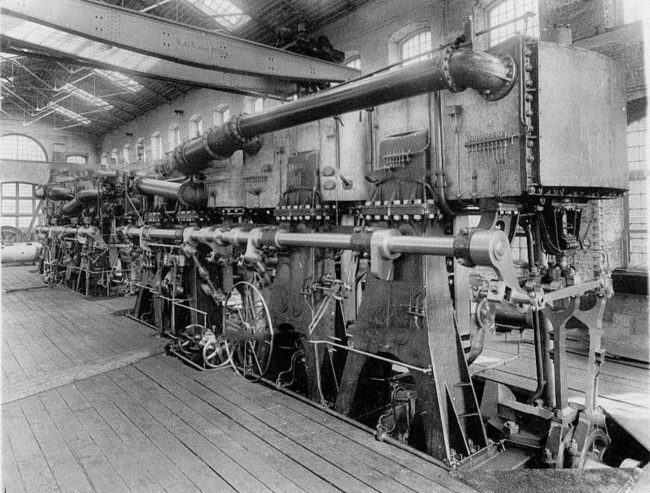 02. Внутренний вид одного из цехов механического завода