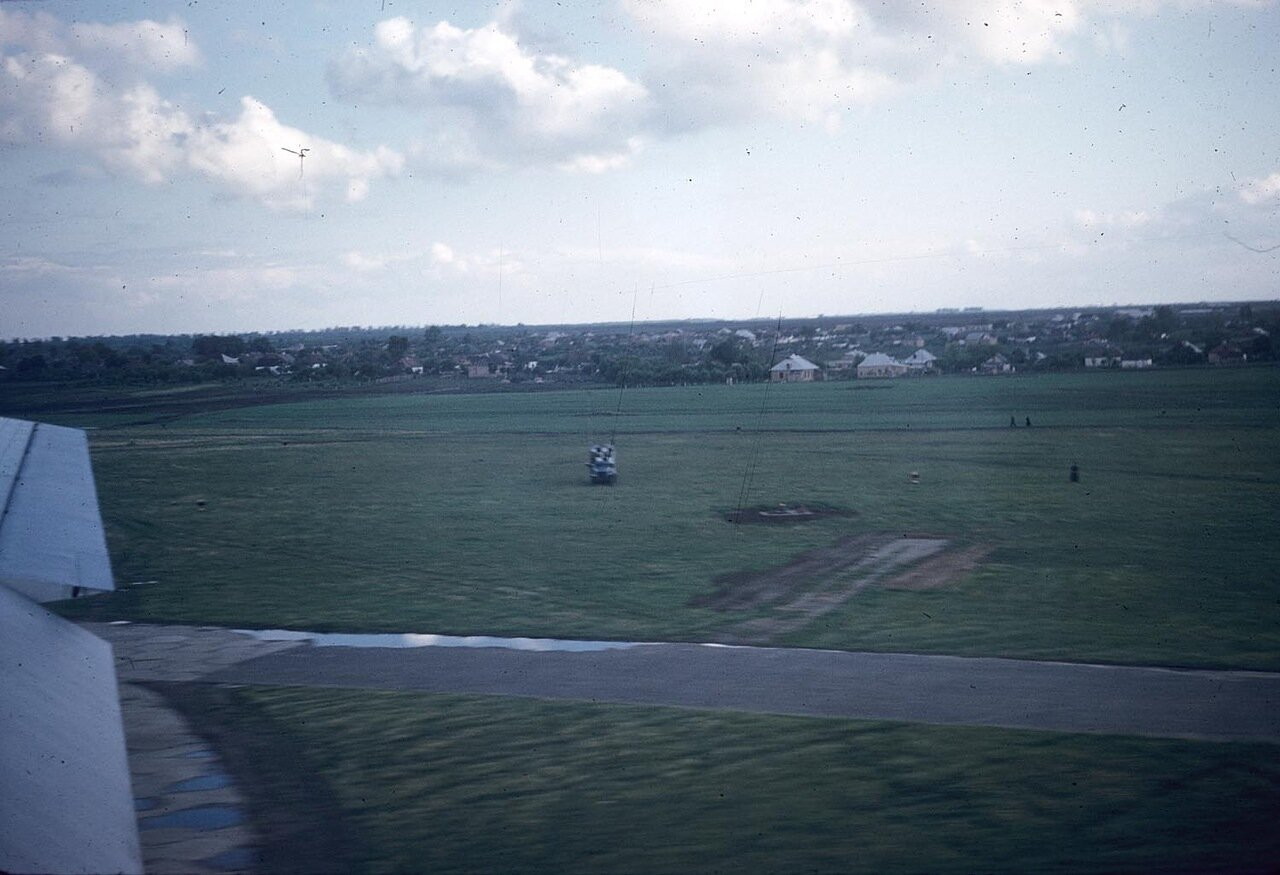 01. Вид местности из окна самолета