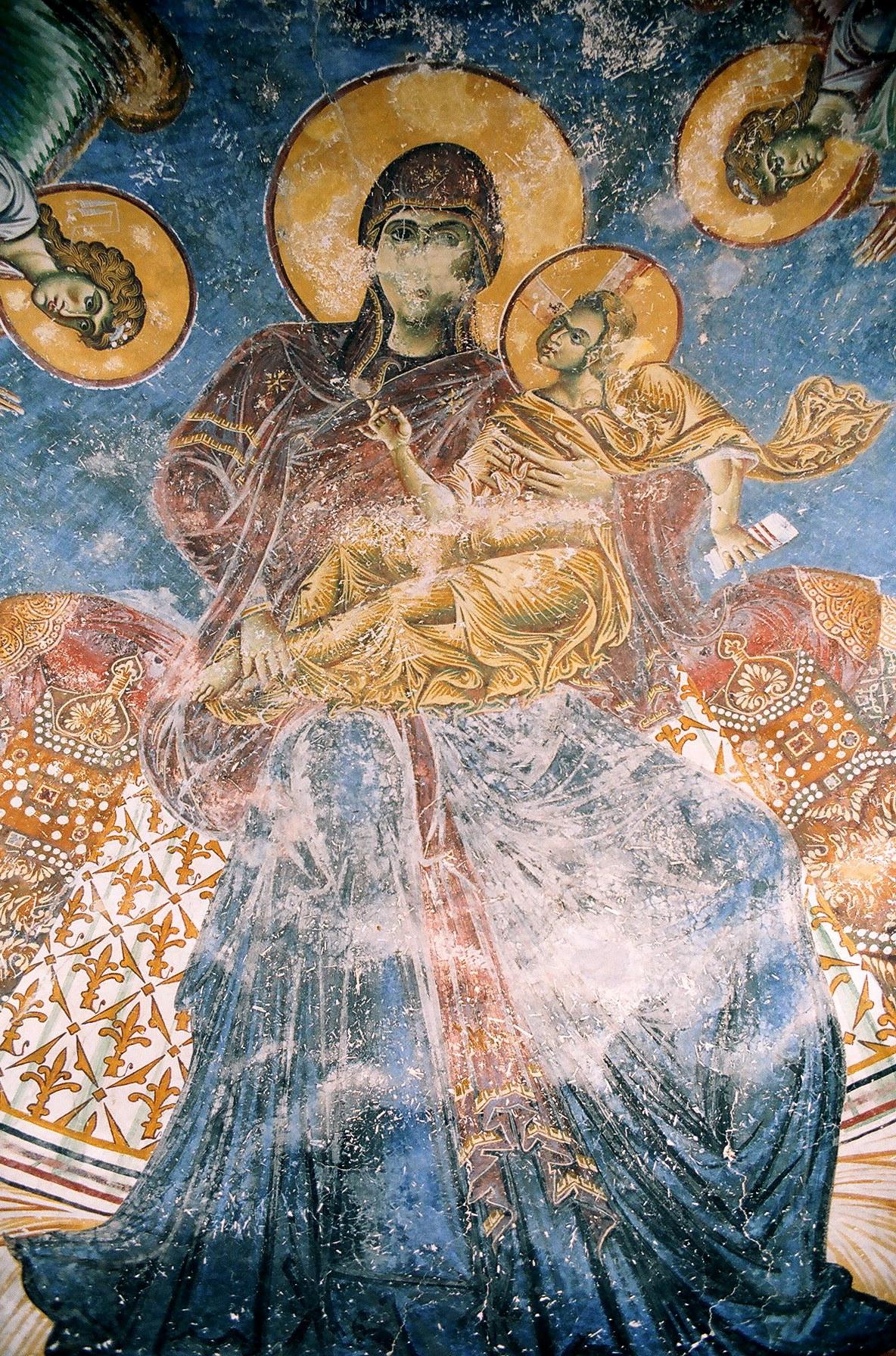 Богоматерь с Младенцем на троне. Фрагмент фрески церкви Св. Георгия в Курбиново, Македония. 1191 год.
