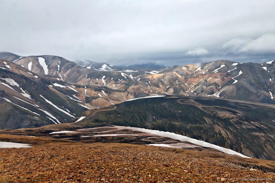 18. Цветные горы Ландманналойгар.