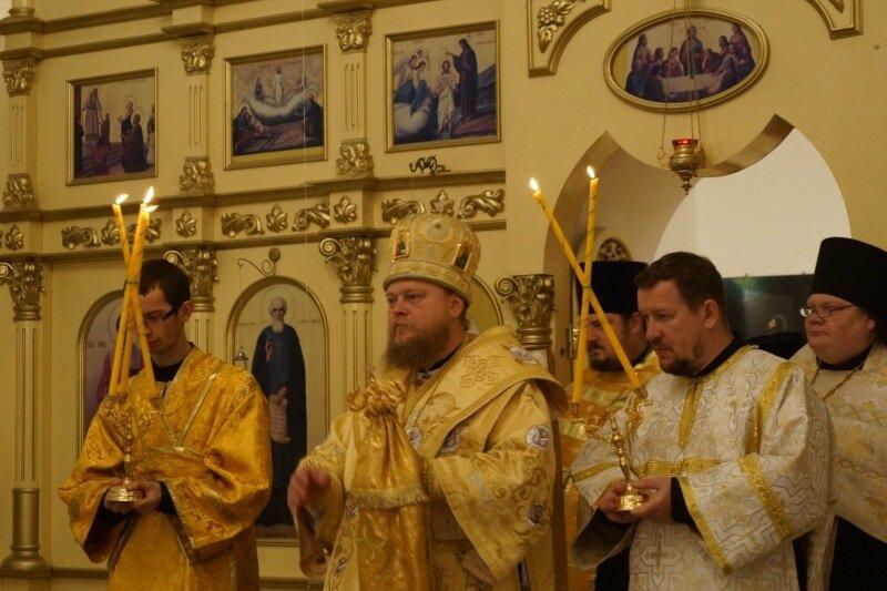 Всенощное бдение ы Иверском храме 18 октября 2014