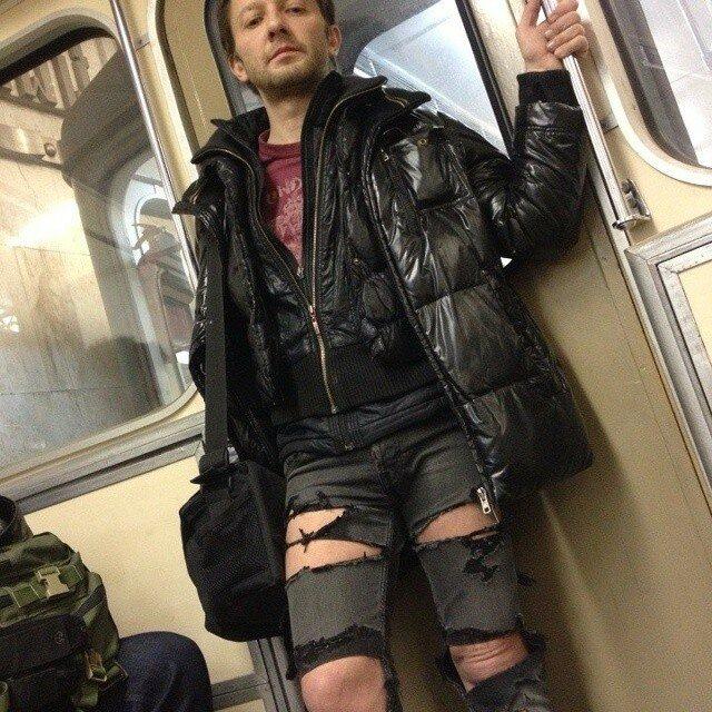 самые-странные-люди-в-метро15.jpg