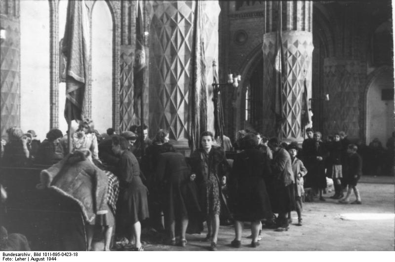 Warschauer Aufstand, Zivilisten in Kirche