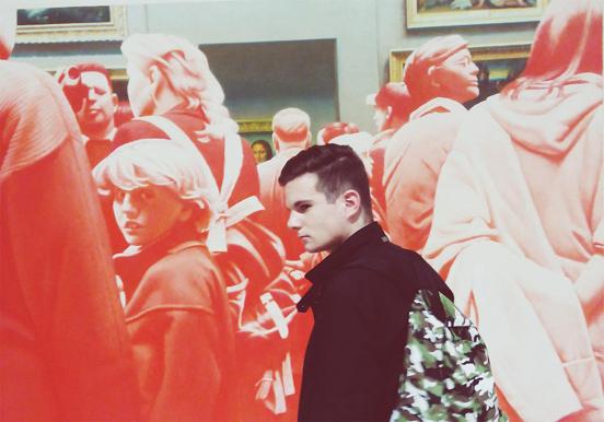 @MaksimLukyanov в Манеже на Эрике Булатове, 3 октября 2014 г. © Императрица Цы Си
