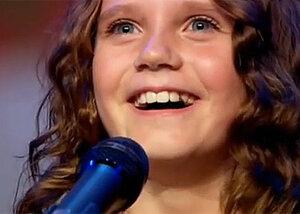Девятилетняя девочка исполнила оперную арию – зал встал