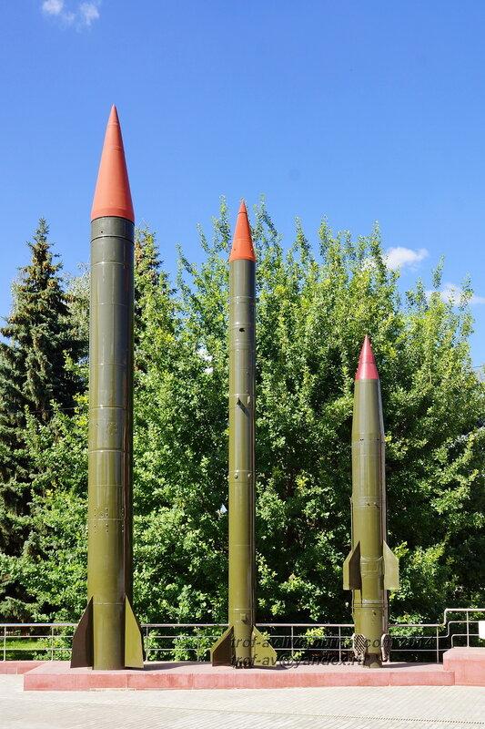 Ракеты. Мемориал у музея Воинской славы, Коломна