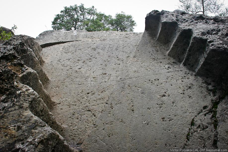 Саксайуаман. Лестница на потолке