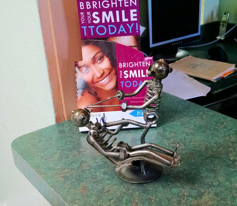 У дантиста в офисе