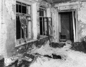 Комната в квартире  начальника Петербургского охранного отделения полковника  Сергея Георгиевича Карпова, разрушенная взрывом.