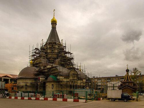 Храм в честь святых равноапостольных Кирилла и Мефодия на Дубровке (Москва).
