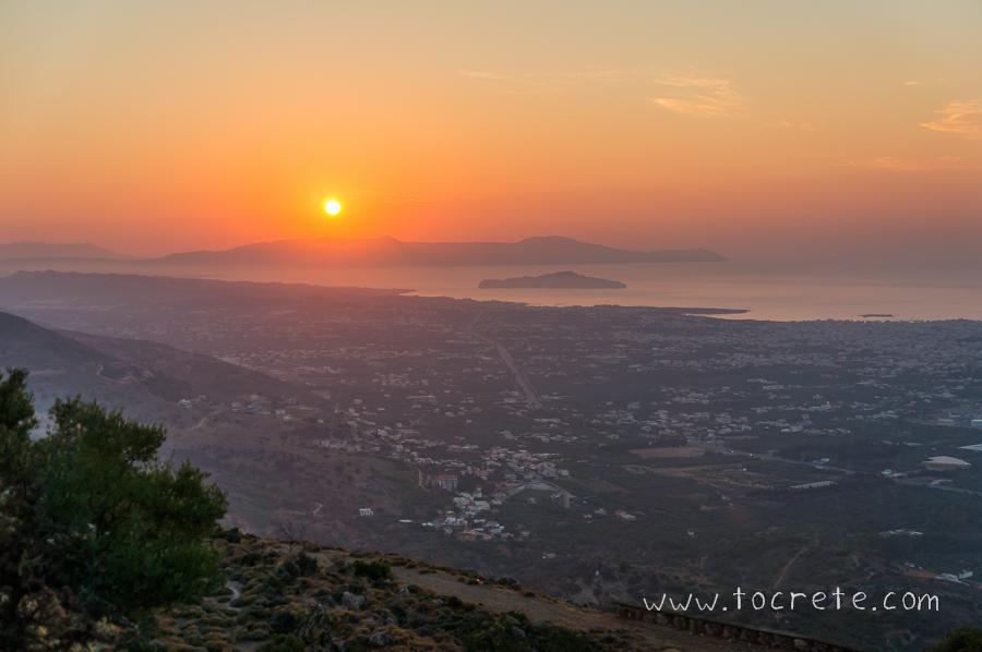 Закат в Ханье. Вид из Малакса | Sunset in Chania. View from Malaxa