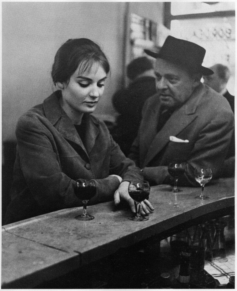 1958. В кафе «Chez Fraisse» на Рю де Сена