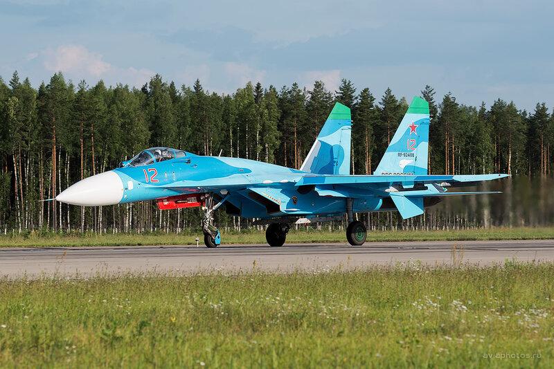 Сухой Су-27П (RF-92408 / 12 красный) D806582