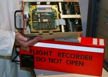 Данные «черных ящиков» с малазийского Боинг-777 остались нетронутыми