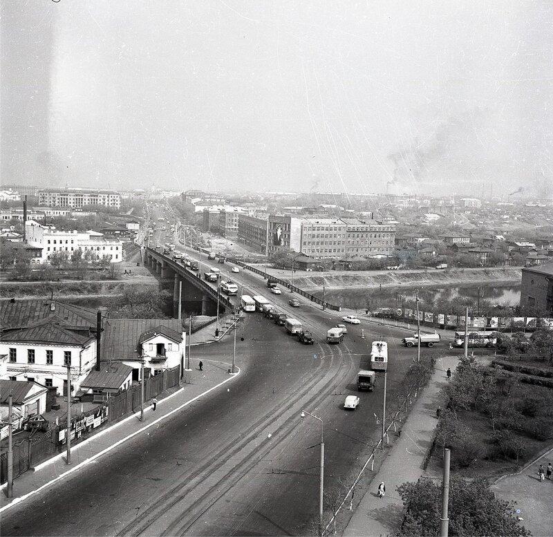 Фрумгарц МИ Мост через реку Омь 1970.jpg