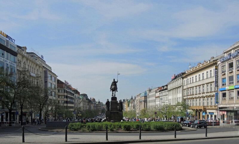 Начало Вацлавской площади